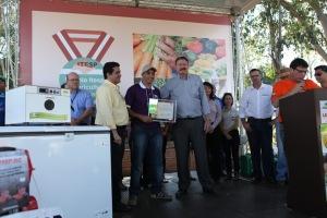 Entrega do Prêmio Itesp da Agricultura Familiar na Agrifam virou tradição (foto: Gleice Bernardini-Arquivo Fetaesp)