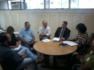 Representantes da Fetaesp e STAF de Araraquara se reúnem com Superintendente do Incra em busca de soluções. (Foto: Rodrigo Gomes/Fetaesp)